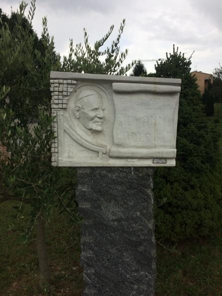 Dedicazione della piazza a San Giovanni Paolo II