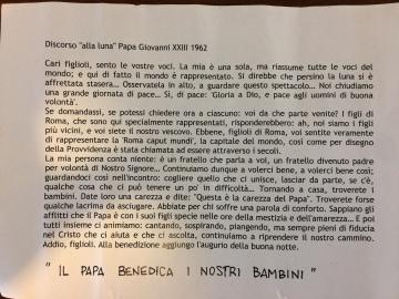 """Discorso """"alla luna"""" di Papa Giovanni XIII, consegnato a tutti dopo la S. Messa"""